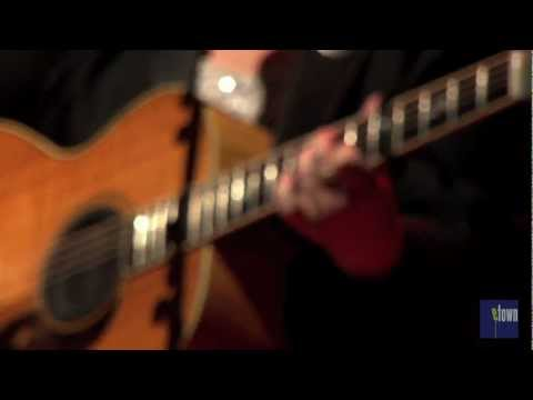 "Mary Chapin Carpenter - ""Chasing What's Already Gone"" (eTown webisode 229)"