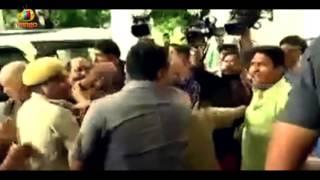 Bihar Dy CM Tejashwi Yadav's Bodyguards Clashed With Media Persons | Patna | Mango News - MANGONEWS