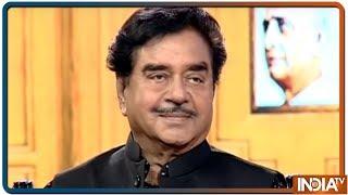 Shatrughan Sinha in Aap Ki Adalat: 'One-man show, two-man army', Congress leader hits out at Modi g - INDIATV
