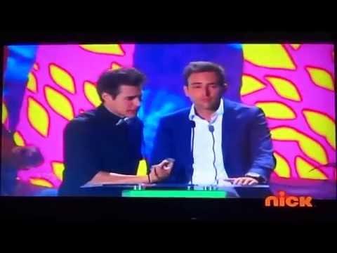 Jorge Blanco Presenta Actriz Favorita - KCA Colombia 2014