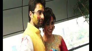 Jackky, Neha play Holi together - IANSINDIA