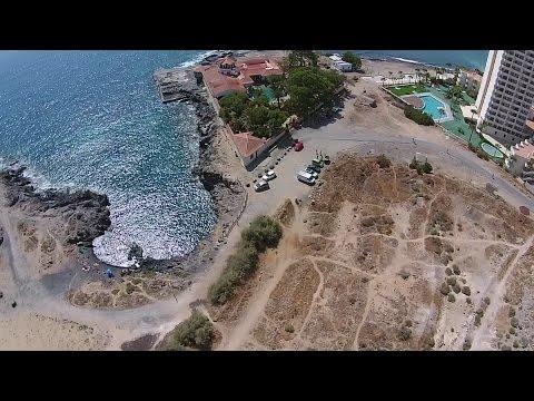 Volando sulla spiaggia naturista di Los Cristianos
