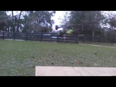 losi xxxt jumps veiw off ramp High Volts RC