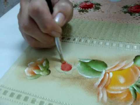Pintando Botões de Rosas em Tecido.wmv