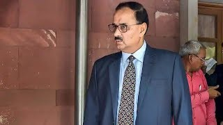 CBI vs CBI: Supreme Court to decide fate of CBI director Alok Verma today - NEWSXLIVE