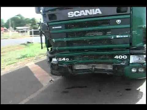 Mais imagens do acidente na BR 364 em Diamantino.wmv