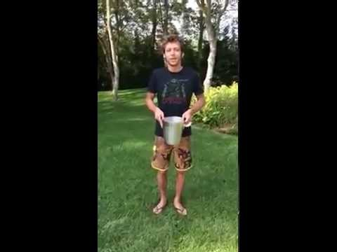Ice Bucket Challenge - Valentino Rossi