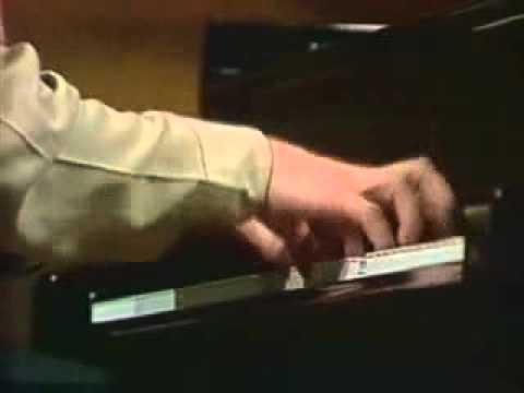 Ivo Pogorelich - Chopin polonaise op.44