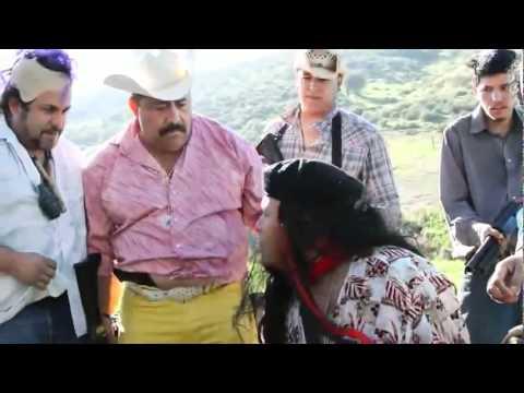 MAX HERNANDEZ  JR PRESENTA    EL TACUACHE TEASER OFICIAL 2012.wmv