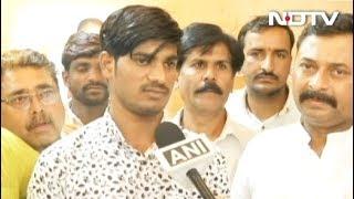 दिग्विजय सिंह के मंच से PM मोदी की तारीफ करने वाले युवक को बीजेपी ने किया सम्मानित - NDTVINDIA