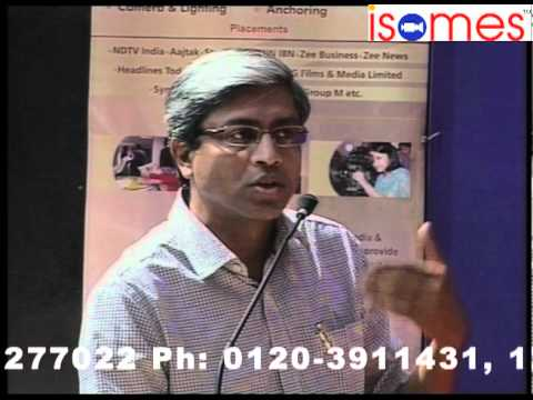 "Arnab Goswami and Ashutosh at ISOMES in Panel Debate at ""Manthan"" 3 days media fest of ISOMES (1)"