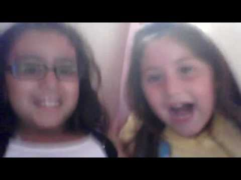 2 girls screaming for 2 minutes straight