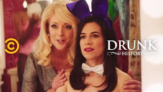 Drunk History - Gloria Steinem Goes Undercover at the Playboy Club - COMEDYCENTRAL