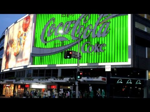 CHRISTMAS SONG - Anthony McKeon: Coca Cola Goes Green (Kings Cross, Sydney)