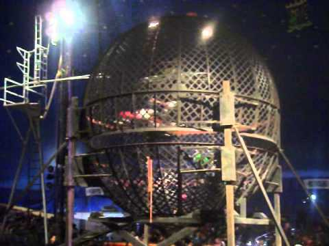 █▬█▬█ Motorcycle Ball Of Death Circus Globe of Death Steel Ball Stunt سيرك صراع مع الموت