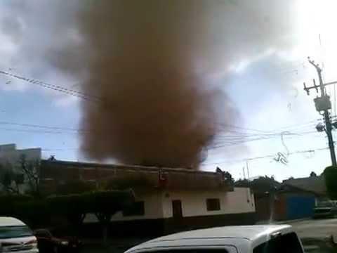 Fuerte golpe de la Madre Naturaleza aqui en Tangancicuaro, Michoacan.