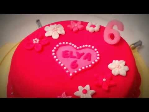 My first fondant cake in pink