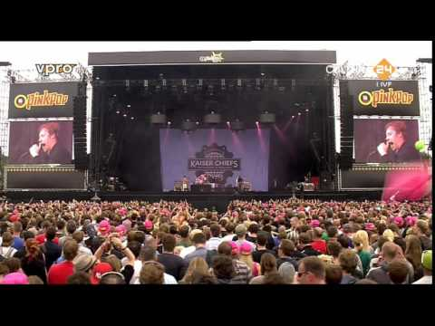 Kaiser Chiefs at Pinkpop 2011