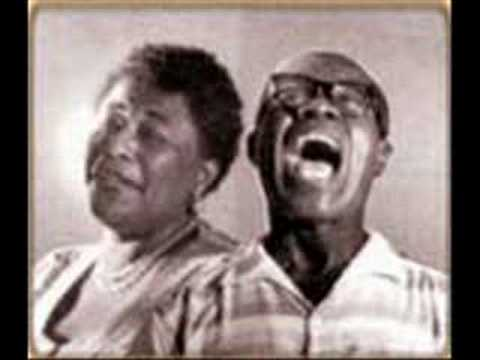 Ella Fitzgerald and Louis Armstrong - Learnin' The Blues