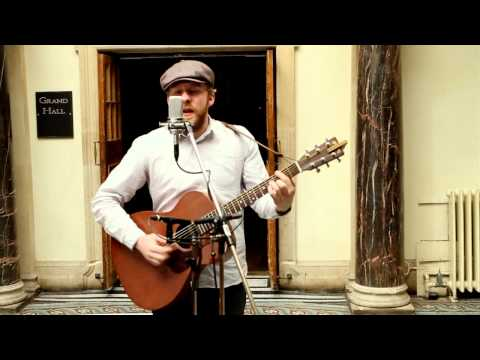 Alex Clare - Too Close (Live Unplugged)