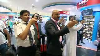 بالفيديو : مُضيفات رائعات يُشعلنَ مطار دبي الدولي برقصة غير متوقعة