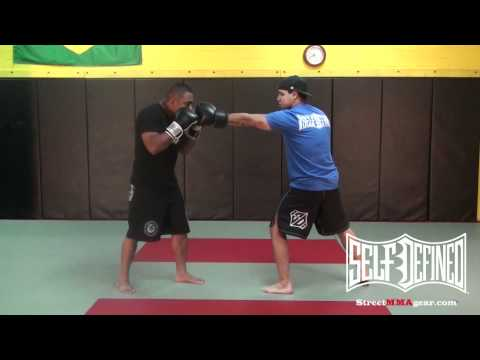 How to Jab: Beginners MMA Move: Muay Thai Striking Technique