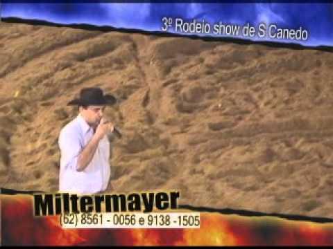 Narração de rodeio com Miltermayer narrando rodeio em Senador Canedo cia João Palestino