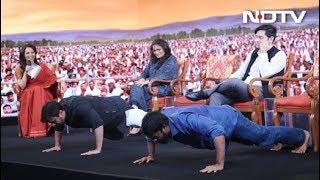 एनडीटीवी युवा : जब नेताओं ने मंच पर किए पुश-अप्स - NDTVINDIA
