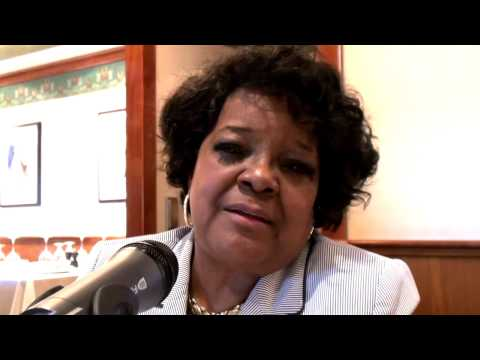 Shirley Caesar - Keeping the Love Alive in Marriage