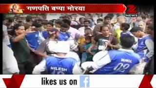 Bollywood celebrities bid adieu to Ganpati Bappa - ZEENEWS