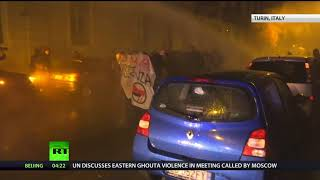 Antifa clashes with police in Italian city of Turin during rally against nationalist party - RUSSIATODAY