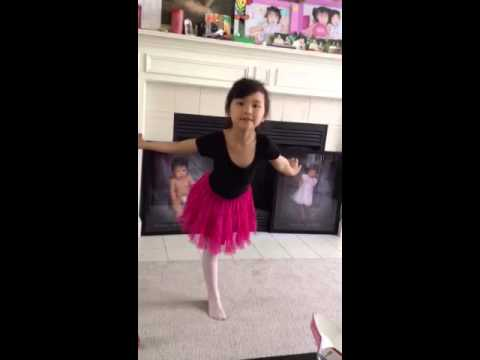 6 years old girl dance