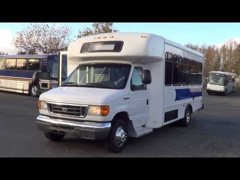S11413 2007 Ford Starcraft Shuttle Bus 18 passenger or 12 plus three wheelchairs 6.8L V10 engine