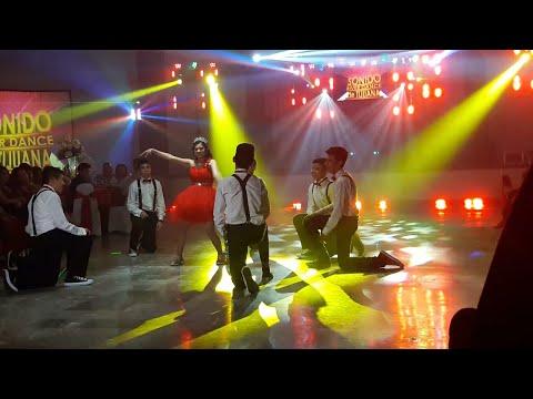 Luz y Sonido en Tijuana El mejor equipo de Audio y el mas completo sistema de iluminacion.