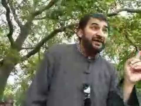 Hyde Park Speakers Corner: Is Muhammad (pbuh) Prophesied in the Bible? ( 2 of 2 )