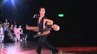 Профессиональное выступление - бальные танцы