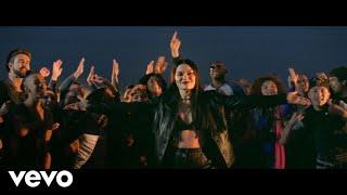 Video with Jessie J