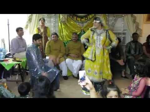 Pakistani Wedding Dance - Mendhi of Bride and Groom