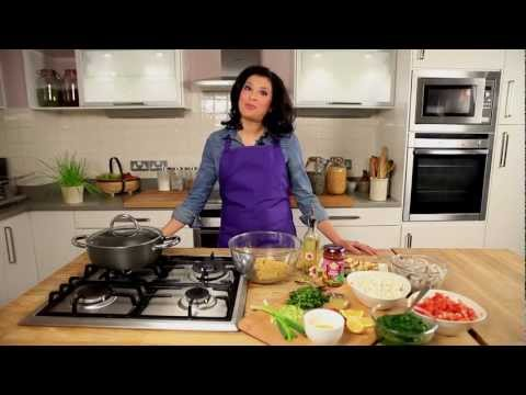 Patak's Balti Curry Paste Recipe with Mallika Basu Video