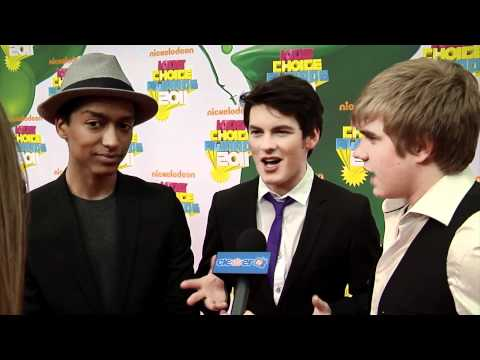 Alex Sawyer, Bobby Lockwood & Brad Kavanagh 2011 Kids' Choice Awards Interview
