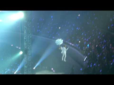 Super Junior - No Other (Sungmin & Leeteuk Flying Cut) @ SS3 Manila 02.26.2011