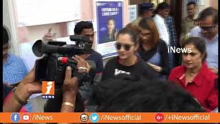 Sania Mirza Casts His Vote | Telangana Assembly Polling 2018 | iNews - INEWS