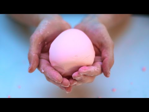 Super Soft 2 Ingredient Play Doh! Easy and Fun Kids Craft