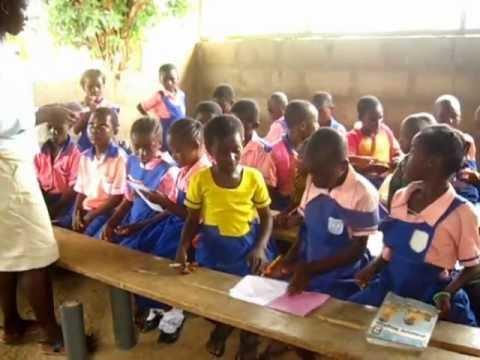 Children from Ghana  life, school and dance