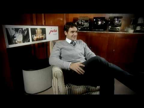 Roger Federer introduces the new JURA 2010 collection