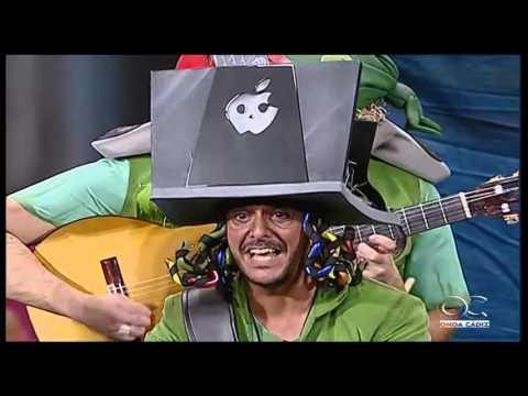 Sesión de Preliminares, la agrupación Los piratas informáticos actúa hoy en la modalidad de Chirigotas.