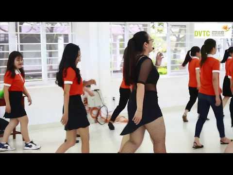 Buổi học khiêu vũ