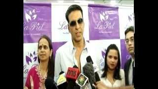 Akshay Kumar Inaugurates Dr Srilatha Trasis Skin Clinic La Piel - THECINECURRY