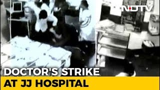 Protests At Mumbai Hospital Over Assault On Doctor, Caught On Video - NDTV