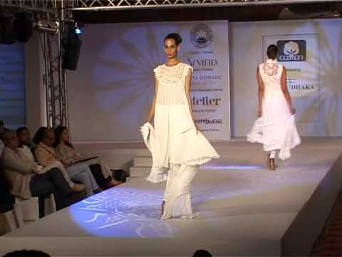 Celebrities Attend Anita Dongres Fashion Show – Latest Fashion News cloned